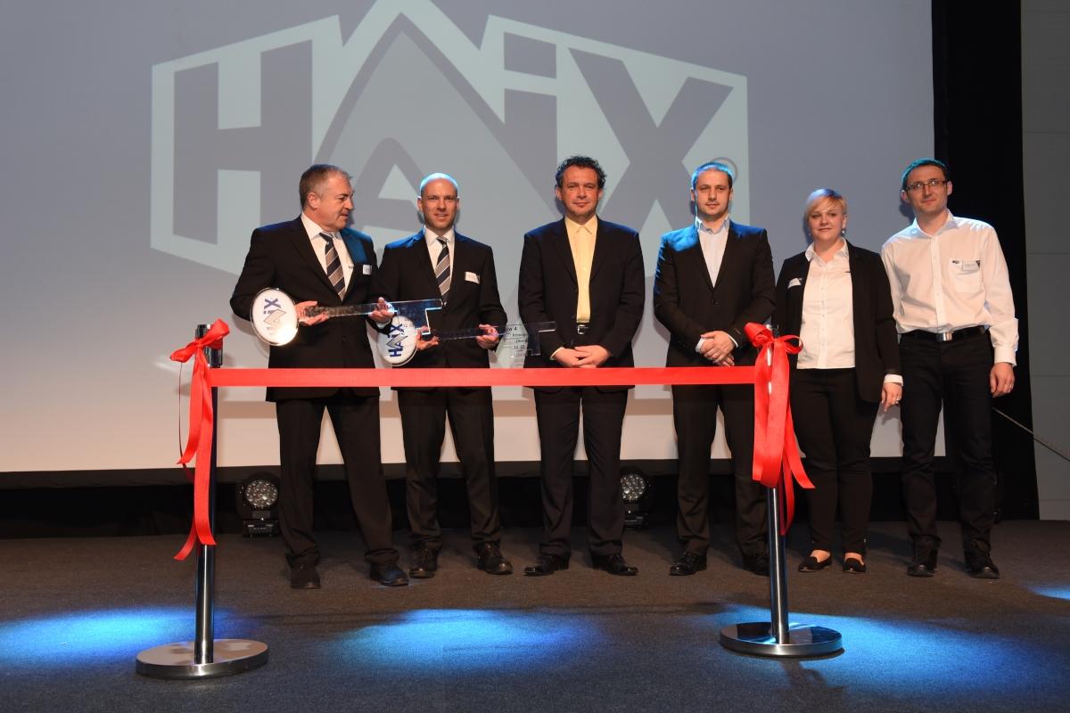 HAIX weiht neues Produktionsgebäude ein
